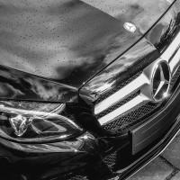 Czy warto przyciemnić szyby w samochodzie?
