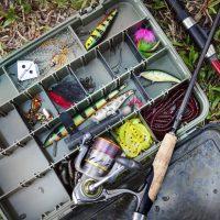 Akcesoria ułatwiające łowienie ryb