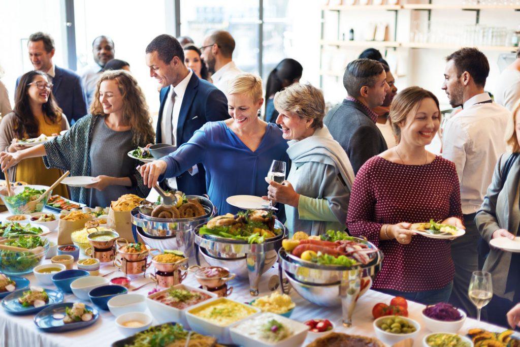 obiad na imprezie firmowej