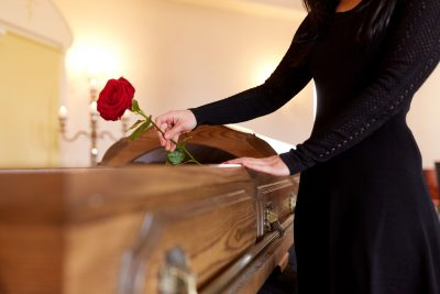 Jak wybrać zakład pogrzebowy?