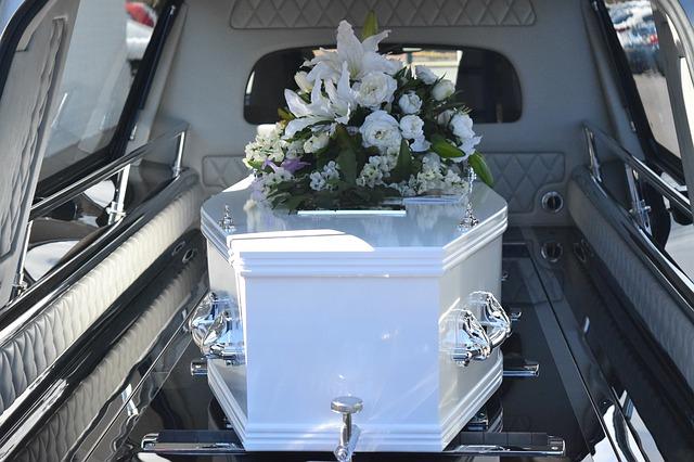 O czym warto jest pamiętać, przy wyborze odpowiedniego zakładu pogrzebowego?