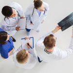 Implant żelowy kręgosłupa – w jakich dolegliwościach się go stosuje?